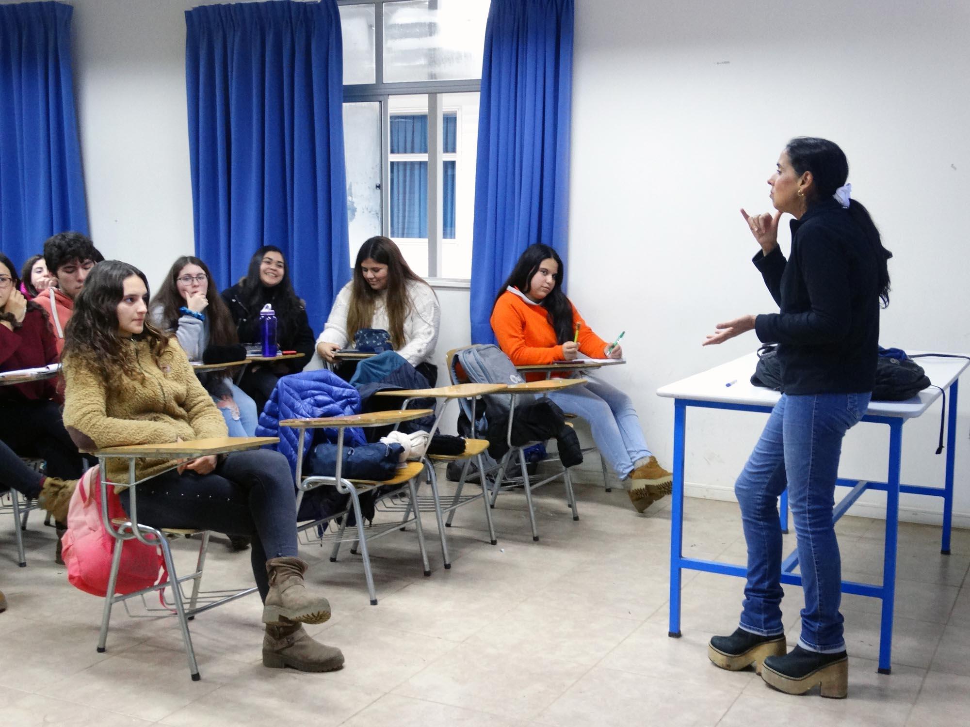 UCM incorporó lengua de señas a sus clases
