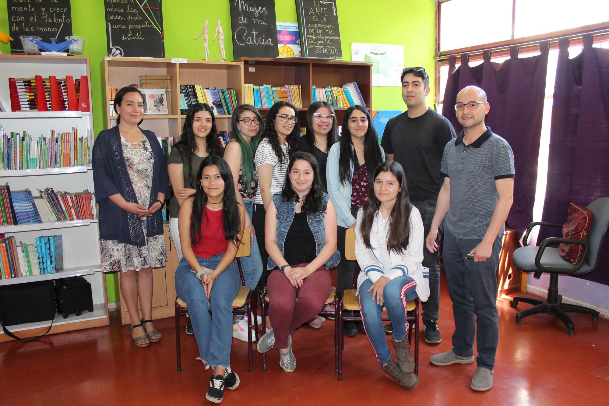 Proyecto Brotes de la UCM benefició a estudiantes del Colegio Arte y Cultura de Curicó
