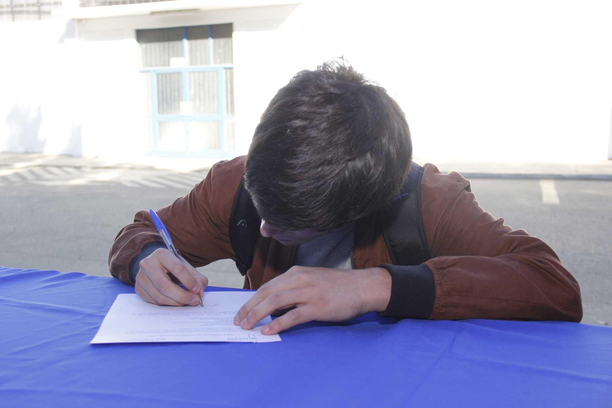 Profesionales UCM ayudan a secundarios en la postulación de beneficios para financiar la educación superior