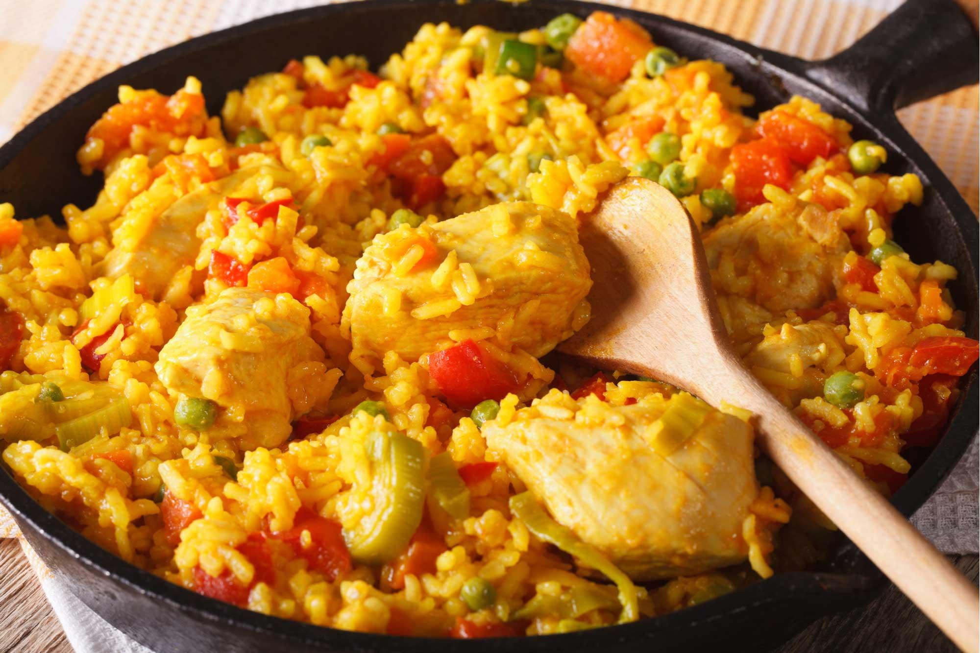 Sofreír el arroz sería clave: nutricionista comparte recomendaciones para cocinar los acompañamientos