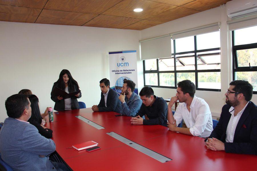 Grupo de cinco estudiantes UCM ganaron la Beca de Prácticas Santander