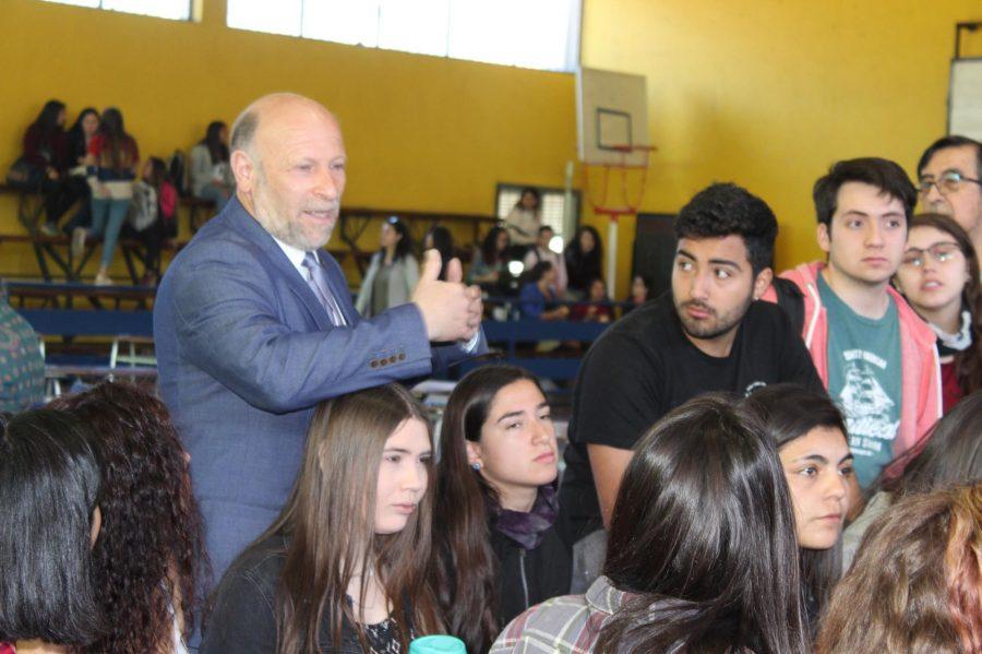 Exitoso Cabildo reflexivo en la UCM sobre el rol del profesor en el acontecer nacional