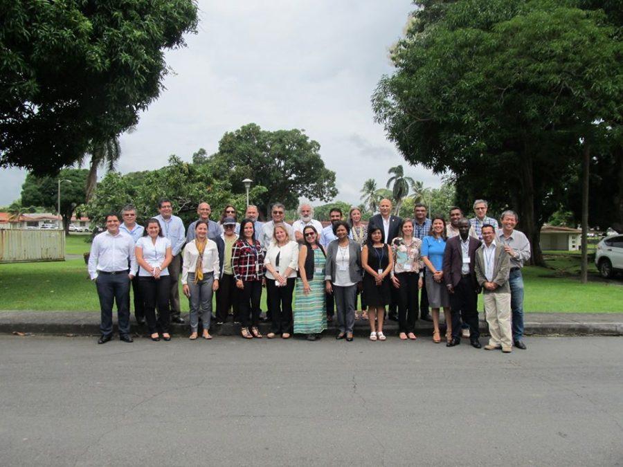 Académico UCM participó en taller internacional que aborda la gestión integrada del recurso hídrico