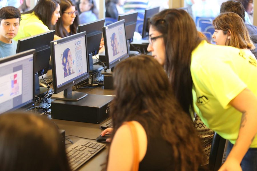 Jóvenes optaron por la profesión más linda del mundo en la UCM