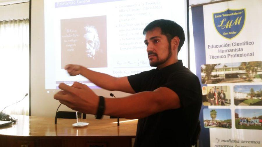 Académico UCM expuso los avances de su  investigación en importante congreso en Santiago