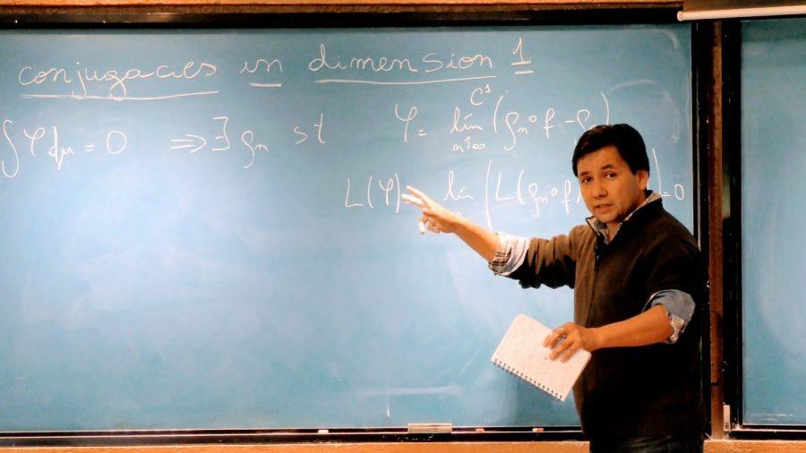 """""""Un Viaje a las Ideas. 33 historias matemáticas asombrosas"""""""